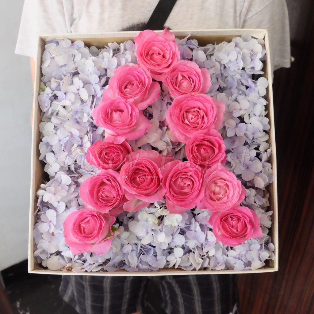 box bunga hadiah zaenflorist Code Zn 04