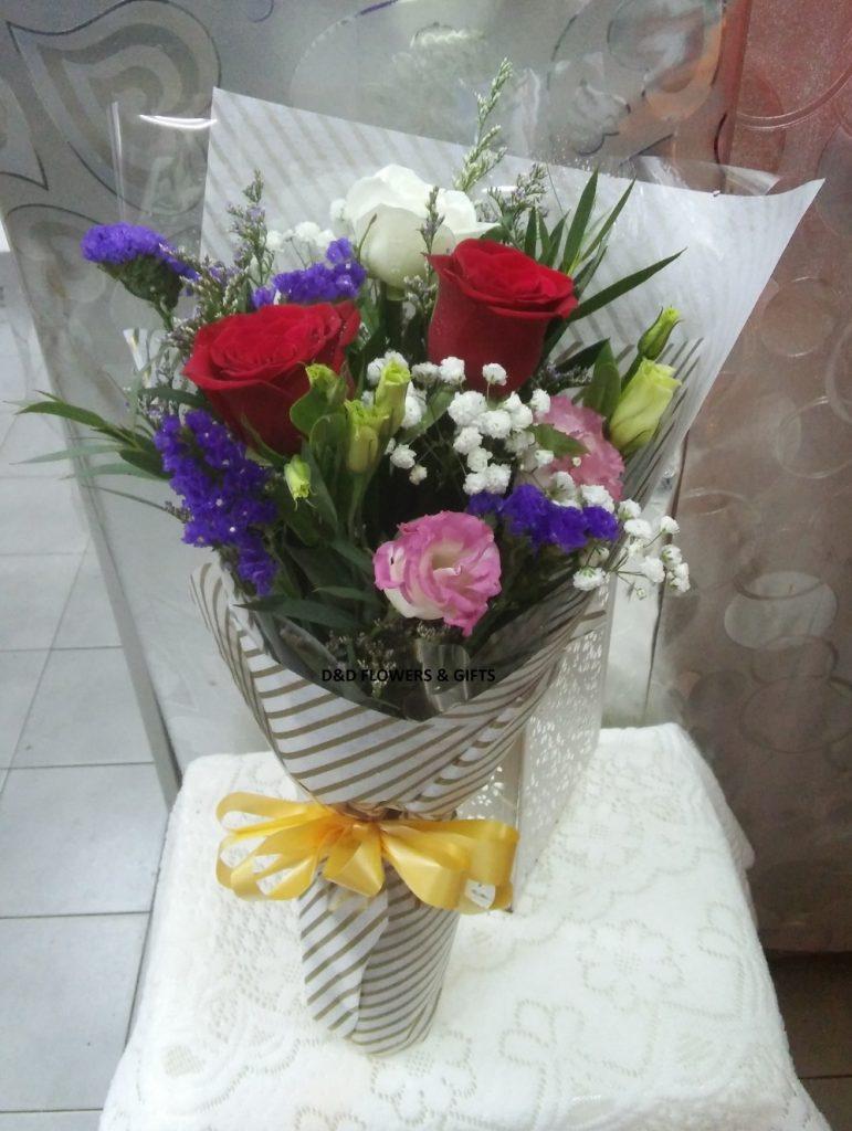 hand bouquet artificial buatan tangan elegan zaenflorist code zn 08
