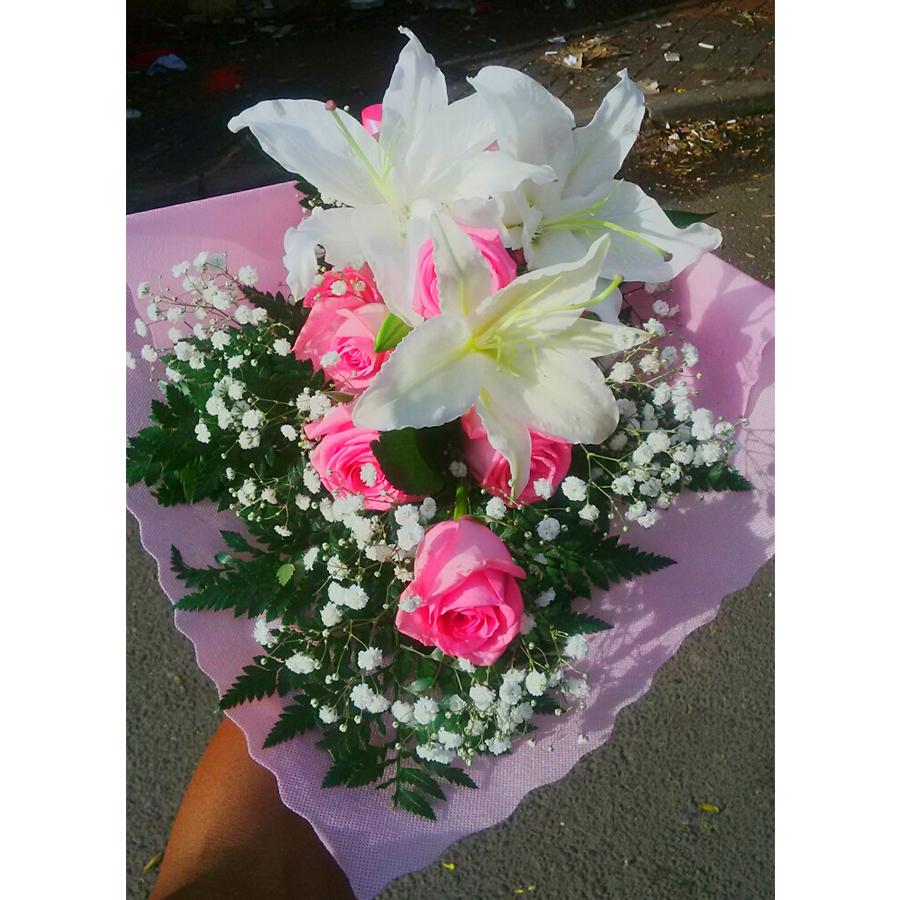hand bouquet artificial buatan tangan kombinasi zaenflorist code zn 05