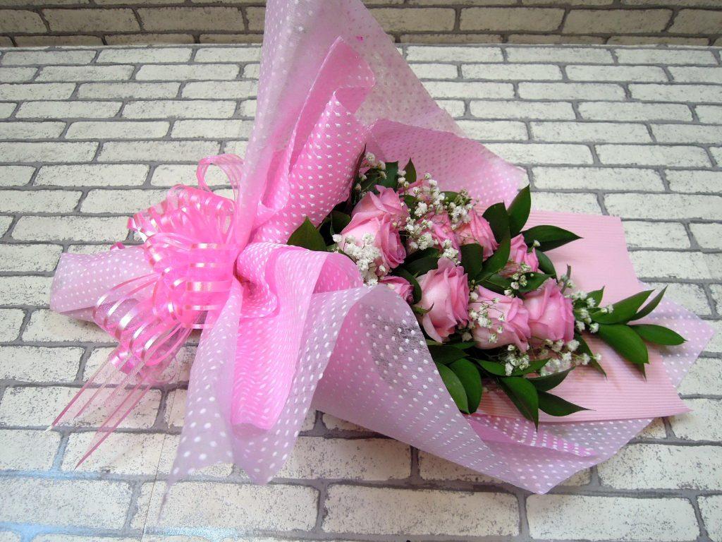 hand bouquet artificial buatan tangan merah muda zaenflorist code zn 03