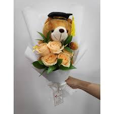 hand bouquet wisuda zaenflorist code Zn 31. jpg