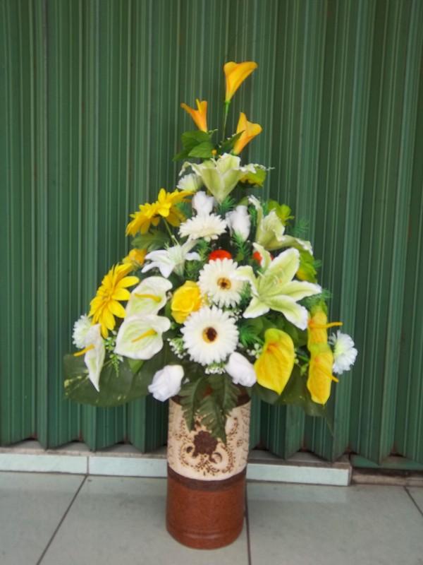 karangan bunga meja cantik Zaenflorist Code Zn 16
