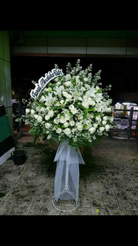 standing flowers full bunga putih zaenflorits Code Zn 01