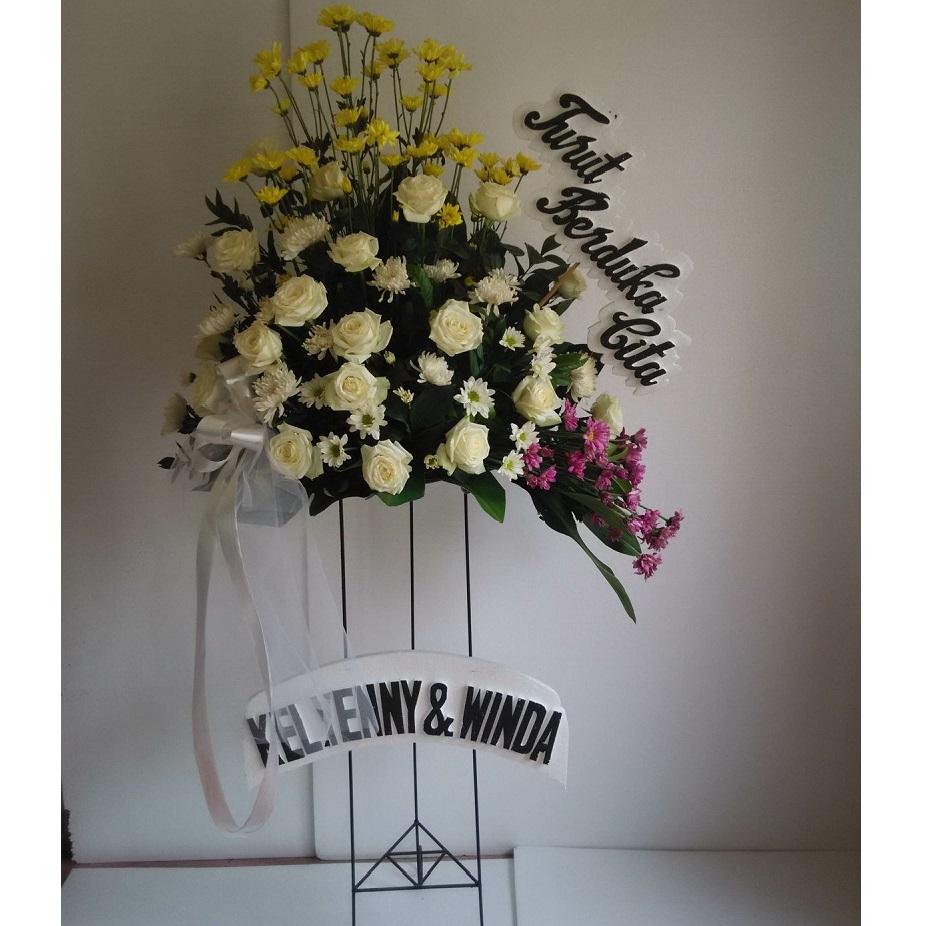 standing flowers mawar campur zaenflorist Code Zn 15